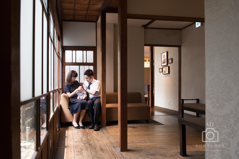 お宮参りの写真|川越氷川神社|ハツネヤガーデンさんでご会食を